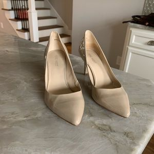 Nine West toe pump